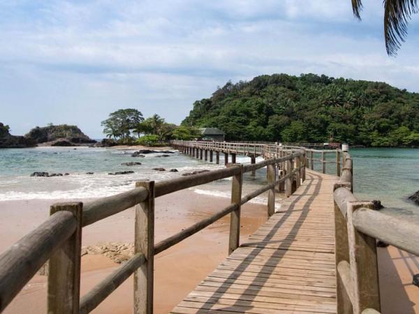 bom-bom-island-resort-600x450