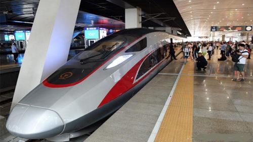 Comboio de alta velocidade chinês estreia-se na rota Beijing-Shanghai