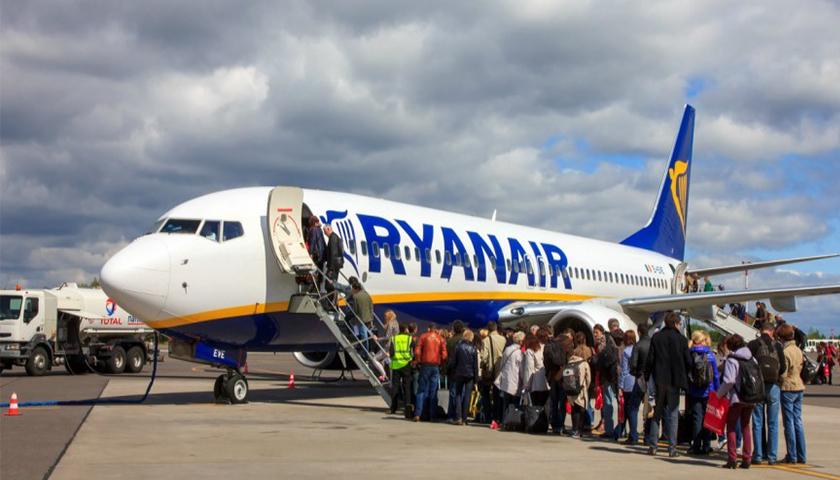 Ryanair ultrapassa os 12,6 milhões de passageiros num mês