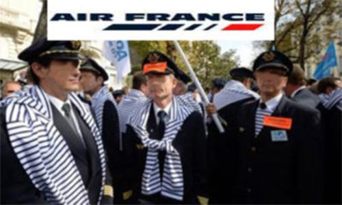 Air france sindicatos aceitam negociar mas mant m greve for Air france assistance chaise roulante